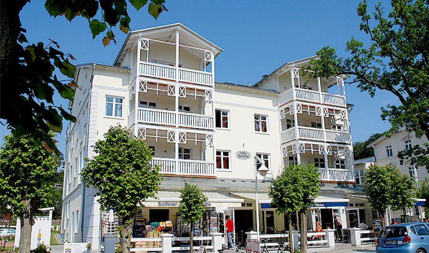 Villa seerose im ostseebad sellin wg 14 for Wilhelmstrasse sellin