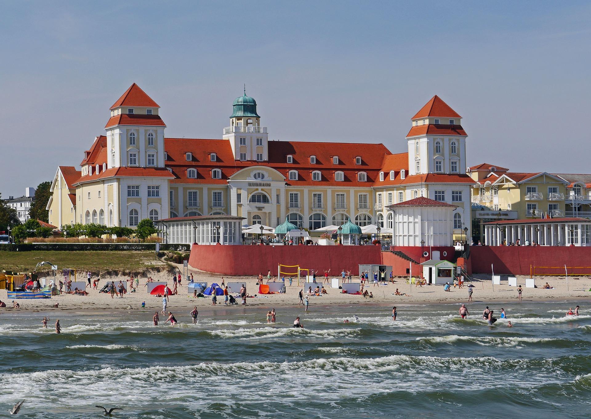 Kurhaus am Strand von Binz