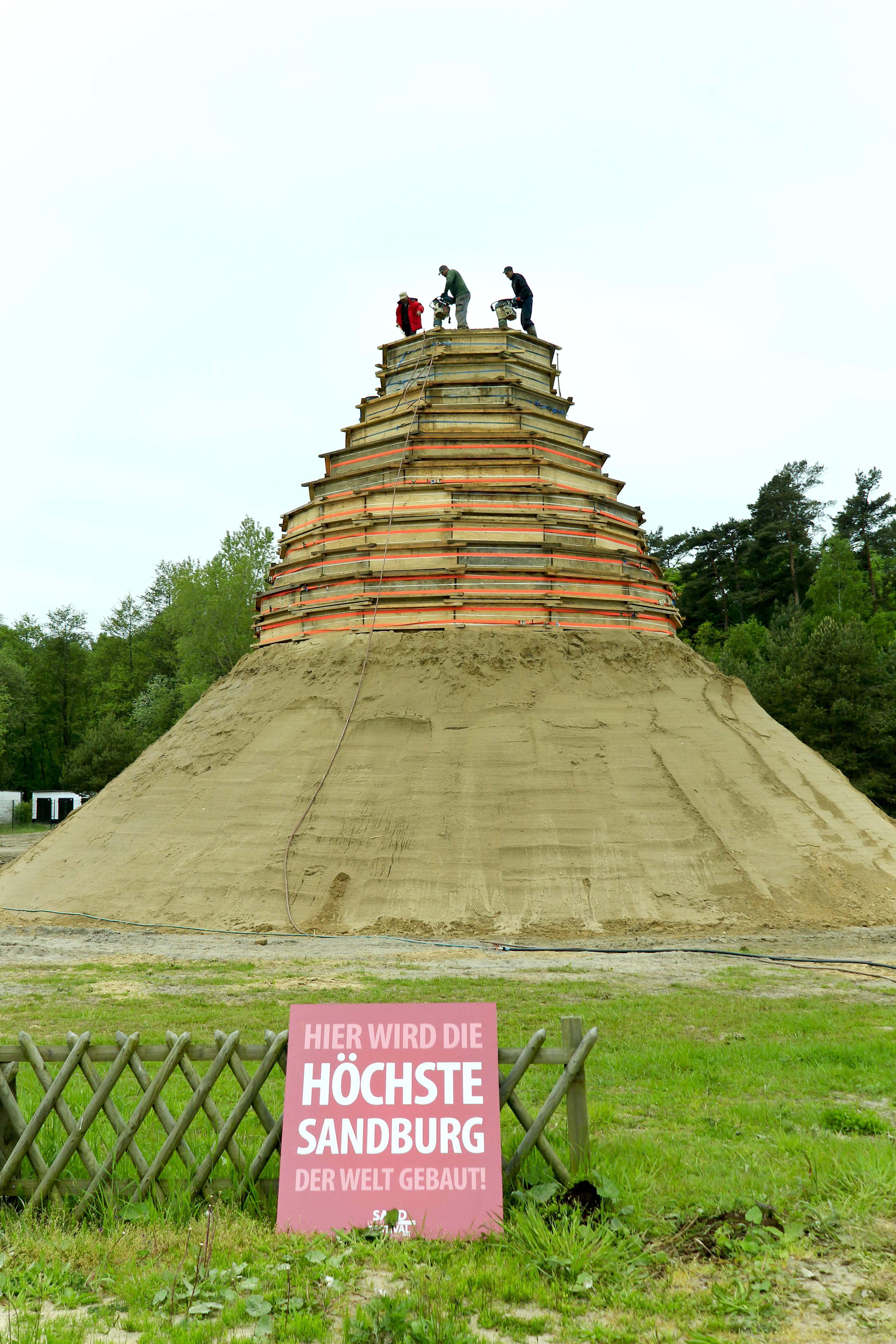 Aufbau des Turmgerüstes