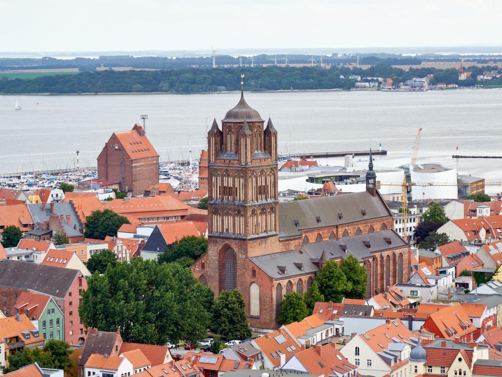 Blick auf die Sankt Jacobi-Kirche_Stralsund_DSC6688 | (C) OAR_MP